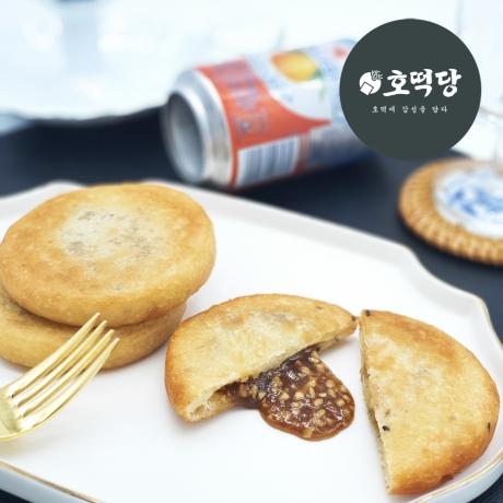 익선동. 대학로에서 줄서서먹는 호떡 [호떡당] 꿀호떡 1팩 (4개)