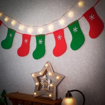 [싸고빠르다] 양말 크리스마스 패브릭 가렌드 / 14 x 19 cm x 1.4 M
