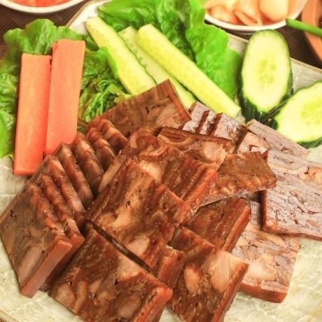 [김서방껍데기형제들] 돼지 족발 편육 매운맛 200g